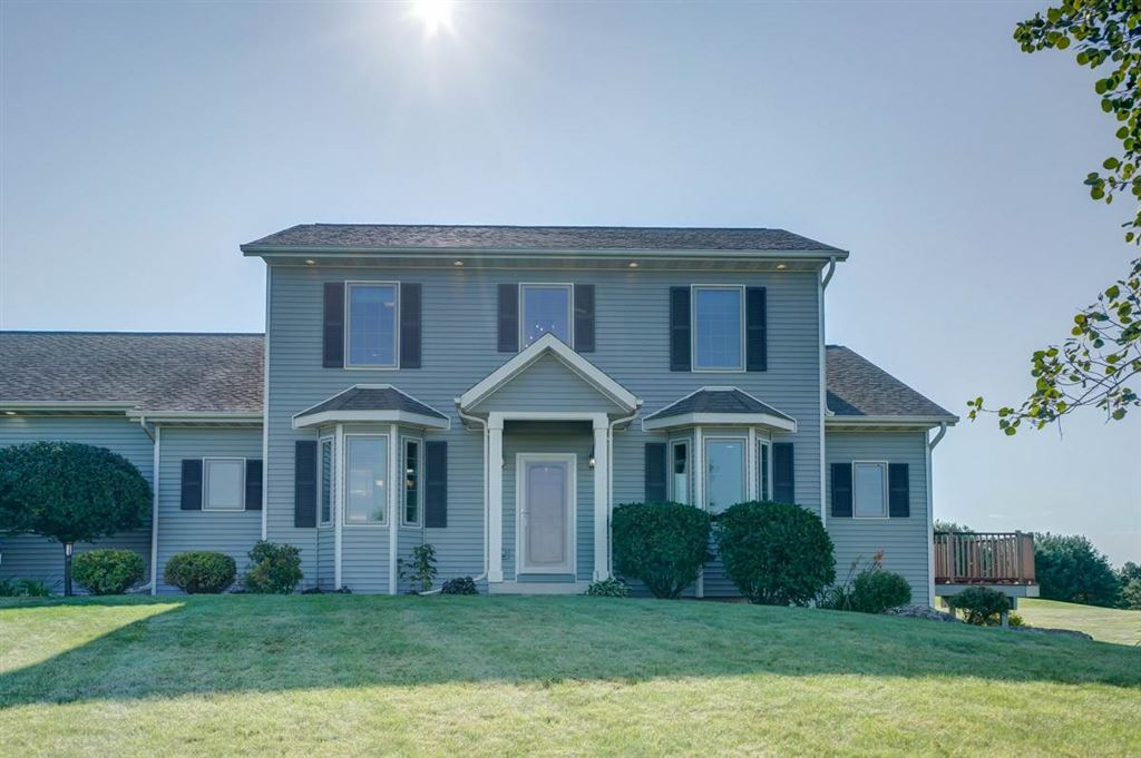 W5385 Highland Dr, New Glarus, WI 53574 - MLS#: 1870416
