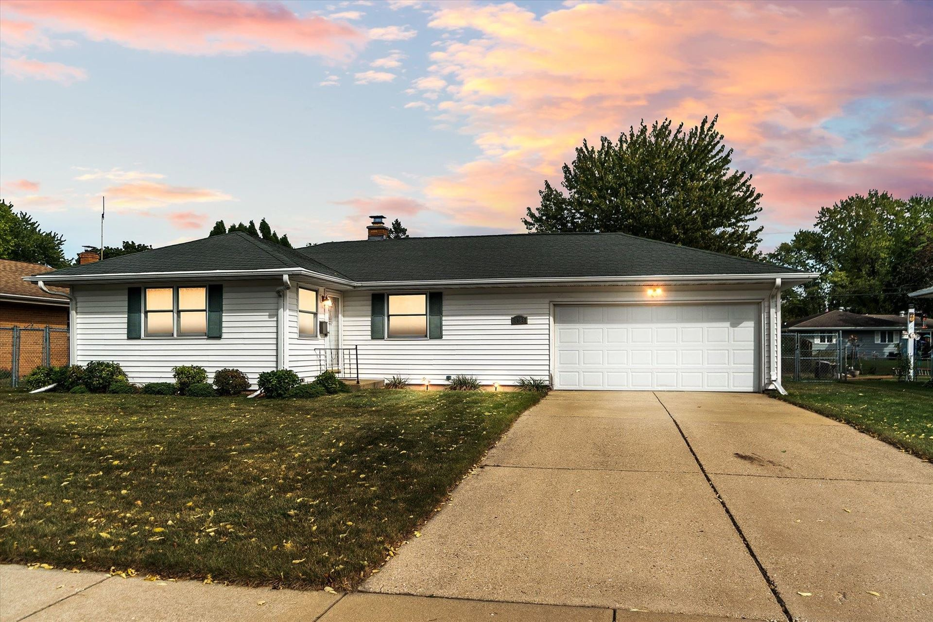 1054 N Randall Ave, Janesville, WI 53545 - #: 1920416