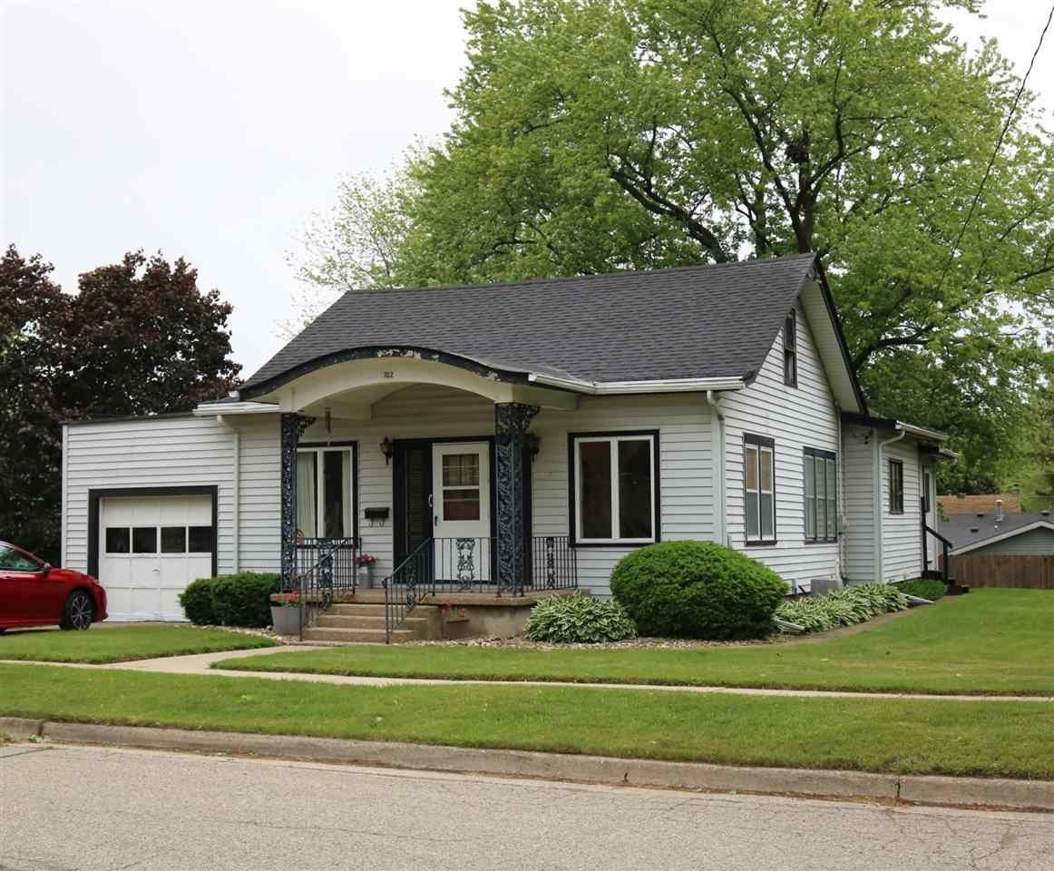 f_1910417 Real Estate in 53534 zip code
