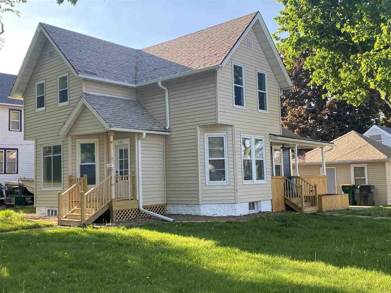 102 W Brown St, Waupun, WI 53963 - #: 1909418