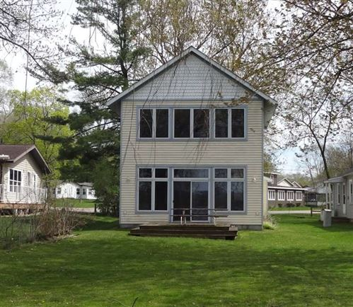 Photo of W10926 Willow Ave, Poynette, WI 53955 (MLS # 1879420)