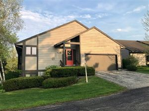 Photo of 518 High Point Ct, Janesville, WI 53548 (MLS # 1850423)
