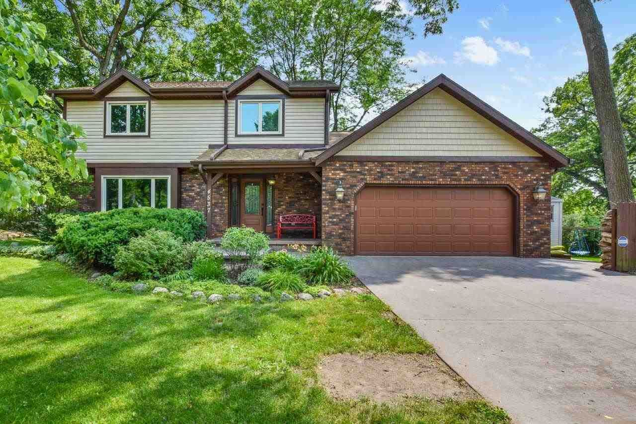 Photo for 4537 Deerwood Dr, Madison, WI 53716 (MLS # 1916423)