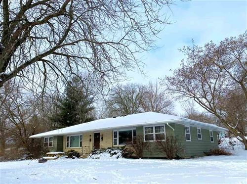 Photo of 6315 Ford St, Monona, WI 53716 (MLS # 1875425)