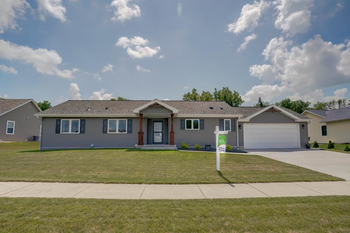 148 Natures Tr, Fall River, WI 53932 - #: 1885425