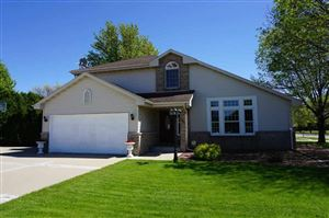 Photo of 2706 Holiday Dr, Janesville, WI 53545 (MLS # 1858428)