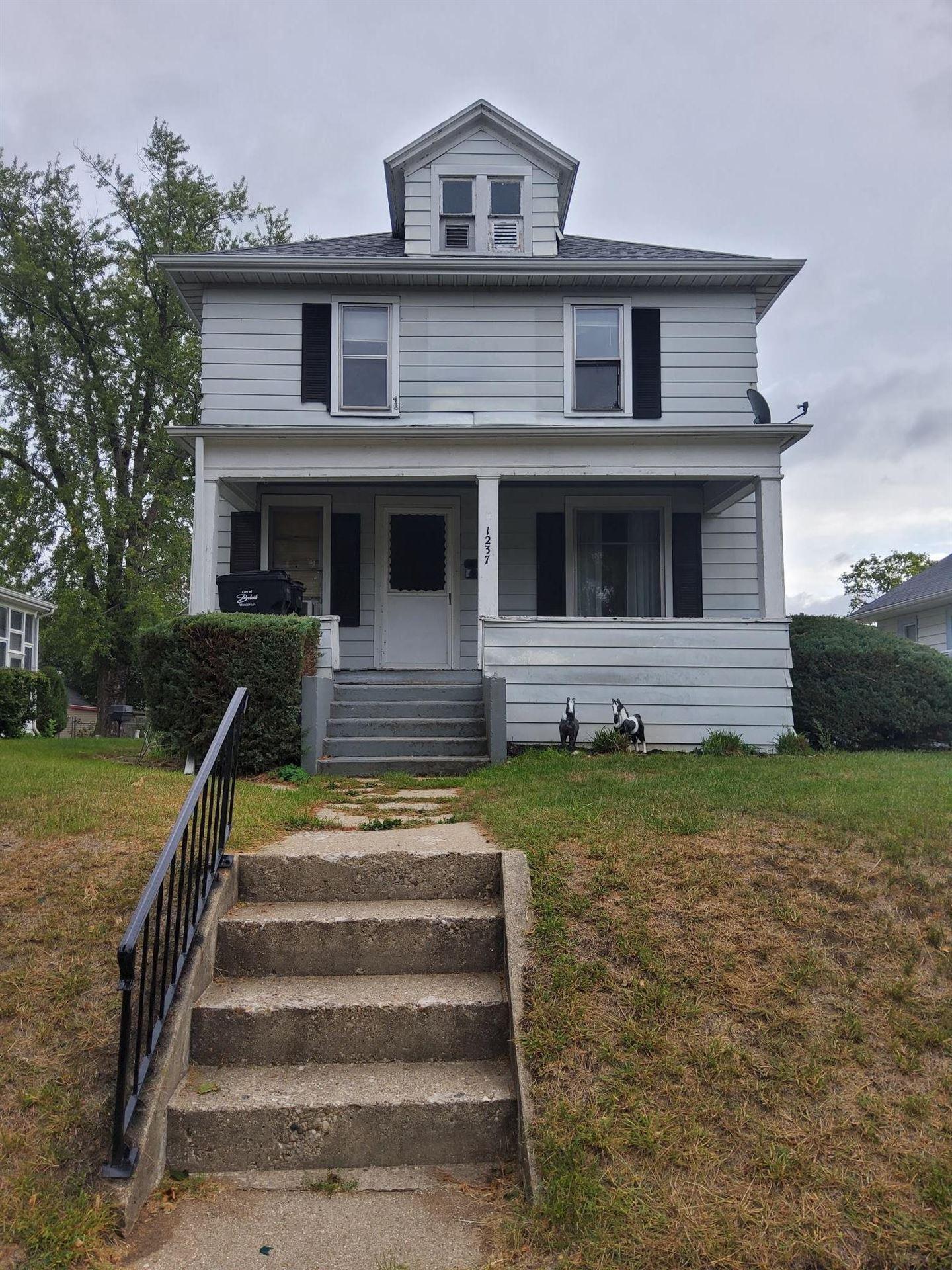 1237 Oak St, Beloit, WI 53511 - #: 1920429