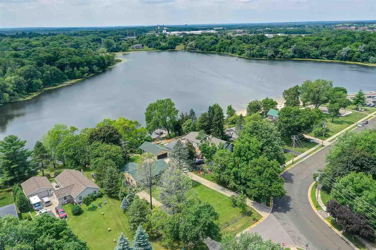 420 Silver Lake Dr, Portage, WI 53901 - #: 1887430