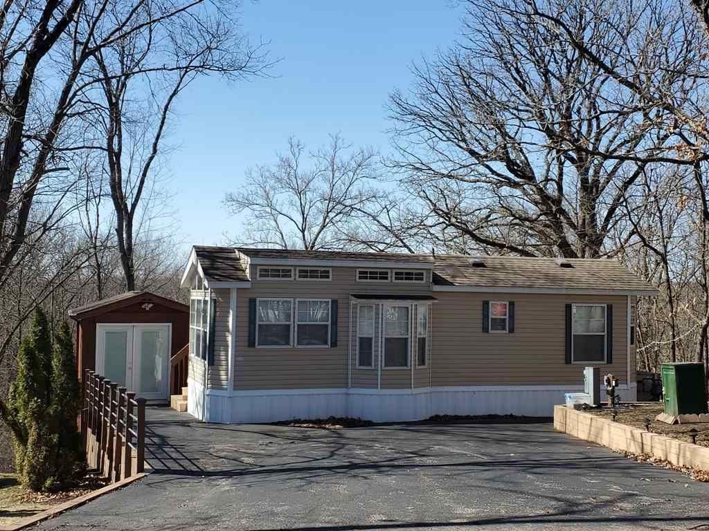 f_1904431_01 For Sale In Rock River Leisure Estates
