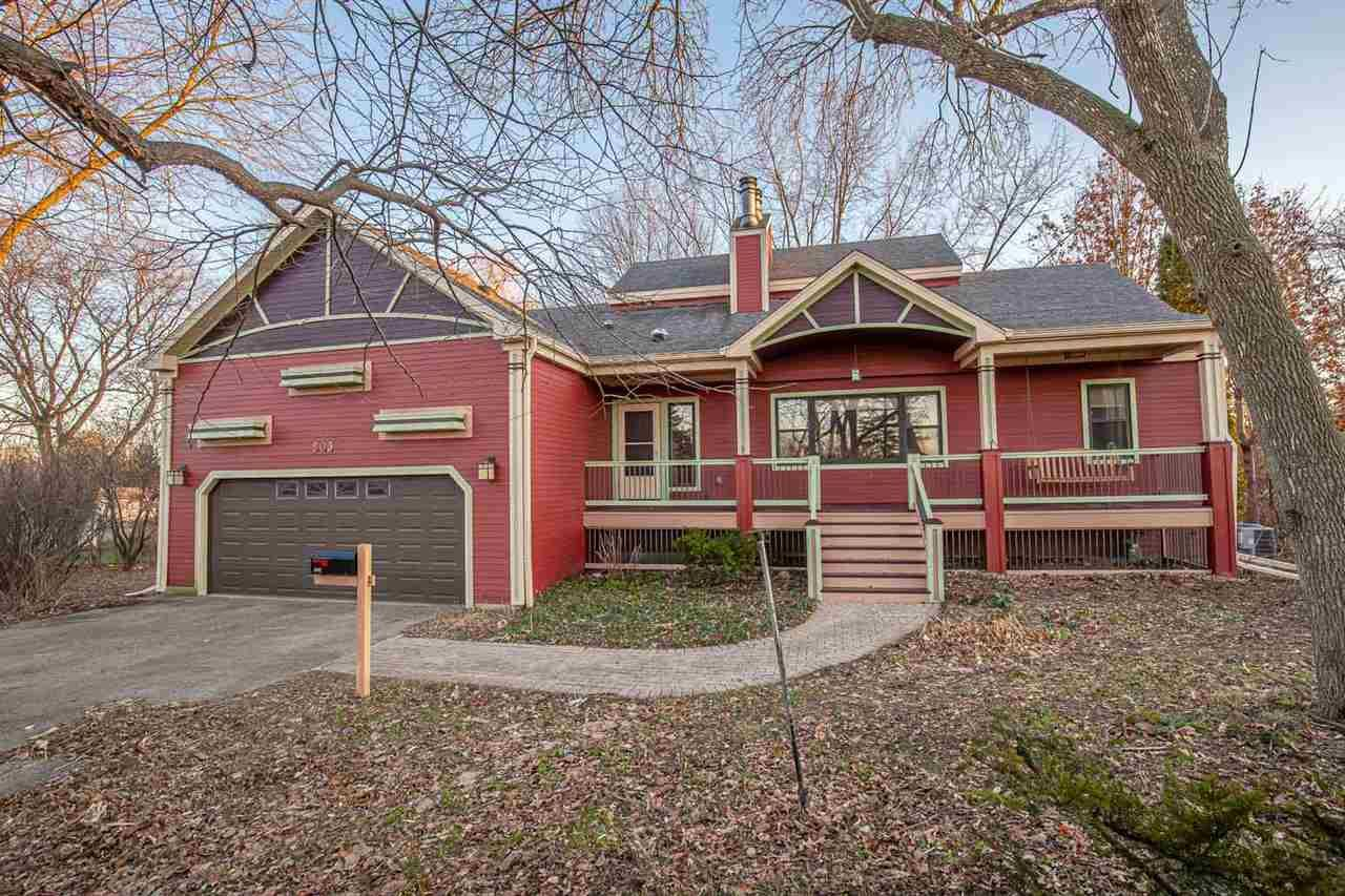 503 Pflaum Rd, Madison, WI 53716 - #: 1873434