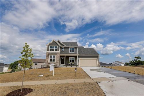 Photo of 4328 Welcome Home Ct, Windsor, WI 53598 (MLS # 1879435)