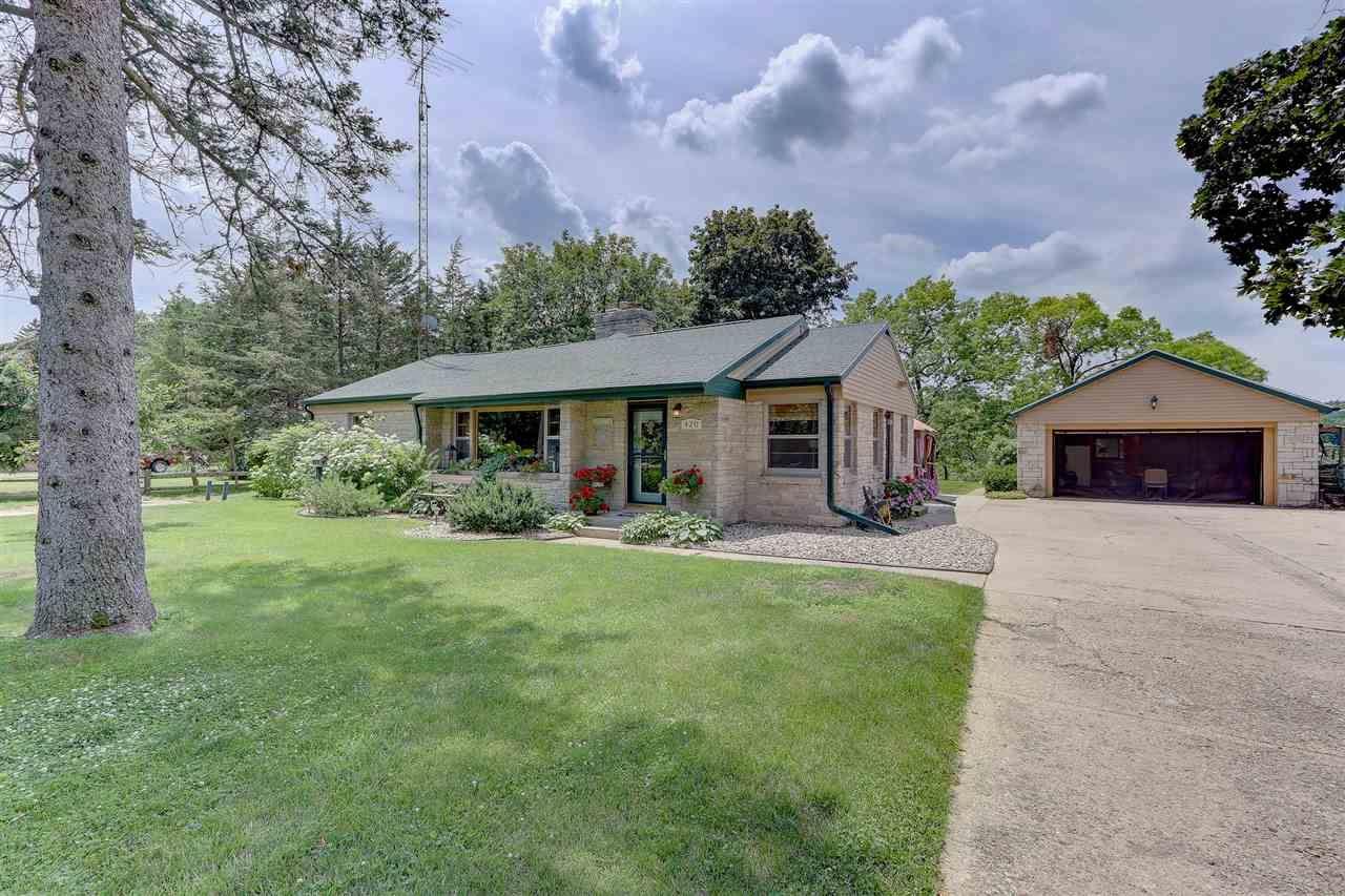 420 Silver Lake Drive, Portage, WI 53901 - #: 1887435