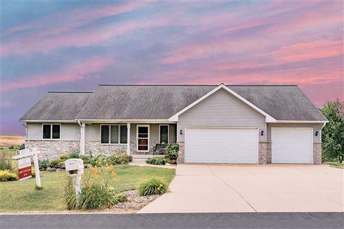 Photo of 1667 Tam-O-Shanter Tr, Sun Prairie, WI 53590 (MLS # 1890437)