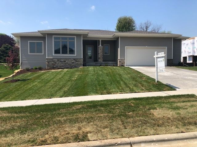 732 Maple Dr, Mount Horeb, WI 53572 - #: 1847437