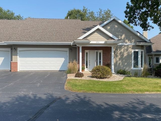 2916 Timber Ln, Janesville, WI 53548 - #: 1894440