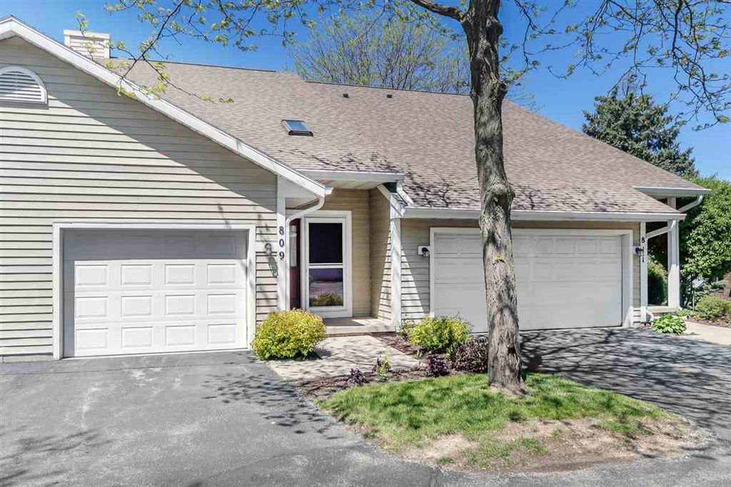 Photo for 809 N Gammon Rd, Madison, WI 53717 (MLS # 1858444)