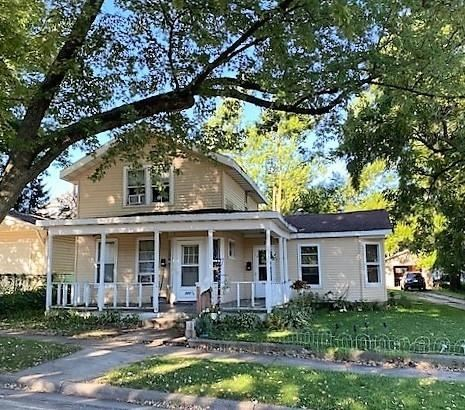 721 17th Ave, Monroe, WI 53566 - #: 1919444