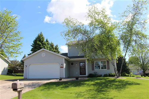 Photo of 609 Eaglewatch Dr, DeForest, WI 53532 (MLS # 1884445)