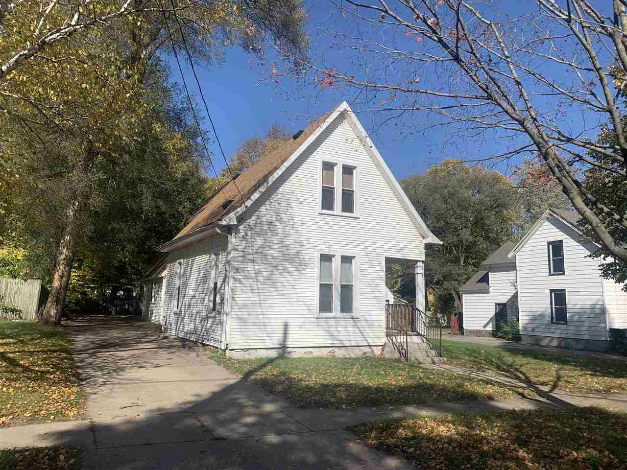 745 Highland Ave, Beloit, WI 53511 - #: 1896445