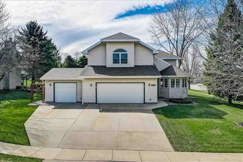 Photo of 1301 Manchester West, Waunakee, WI 53597 (MLS # 1905447)