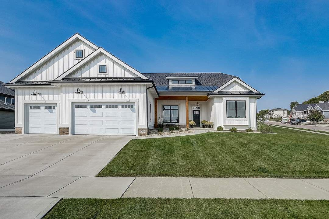 1310 Tierney Dr, Waunakee, WI 53597 - #: 1903447