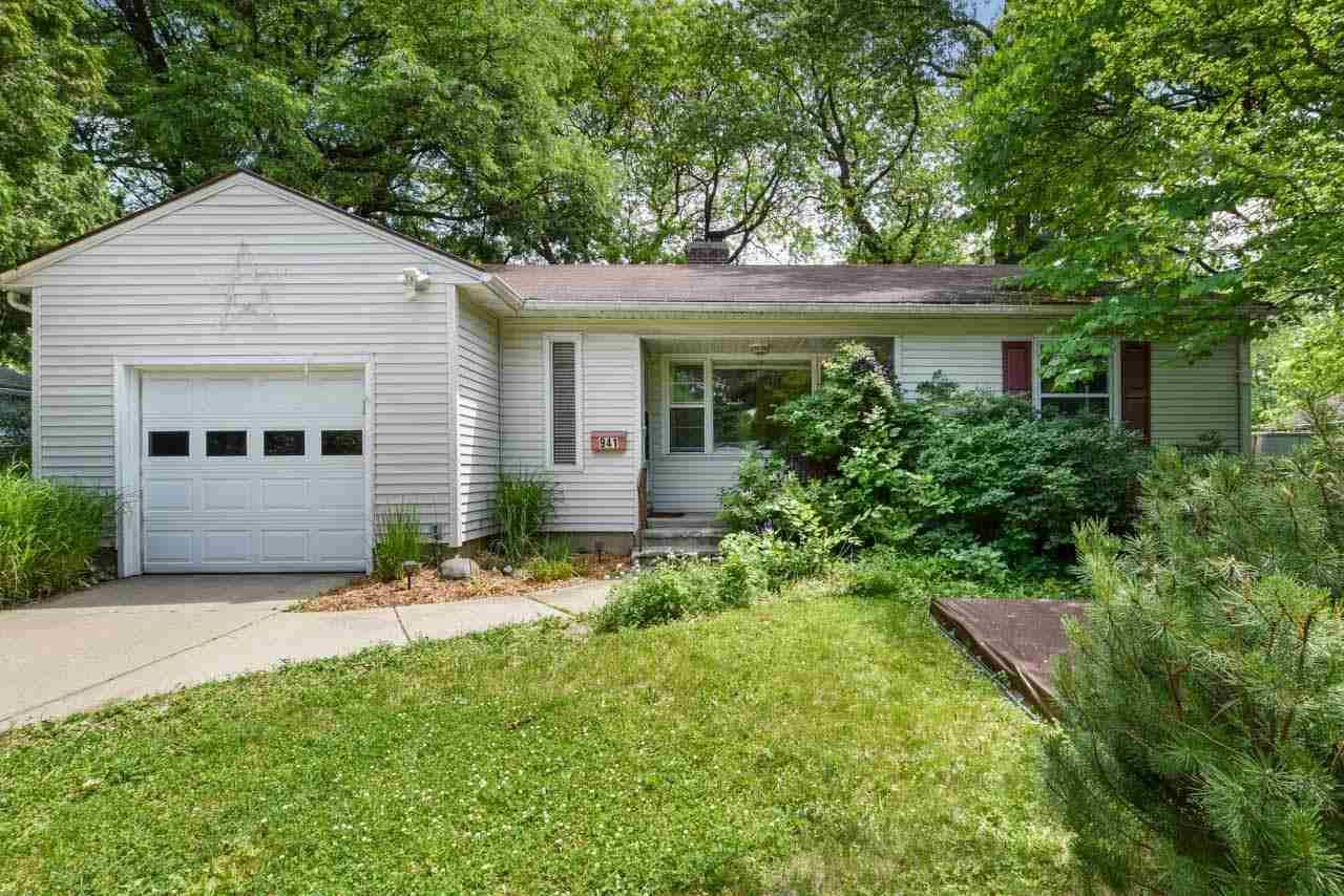 Photo for 941 S Midvale Blvd, Madison, WI 53711 (MLS # 1911453)