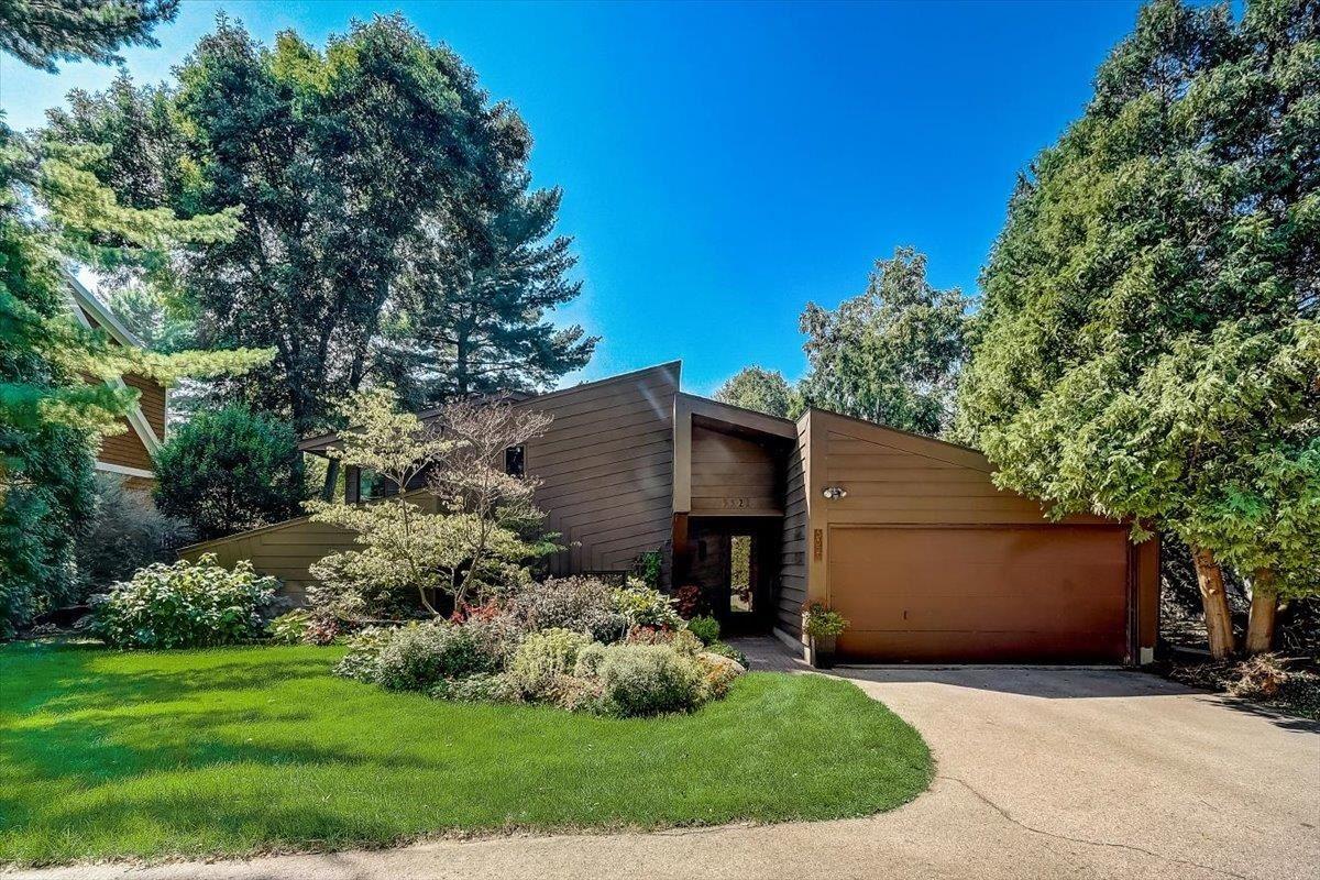 5521 Lake Mendota Dr, Madison, WI 53705 - #: 1916457