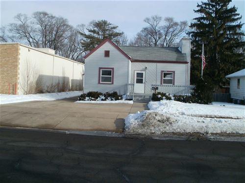 Photo of 1307 W Wisconsin St, Portage, WI 53901 (MLS # 1900459)