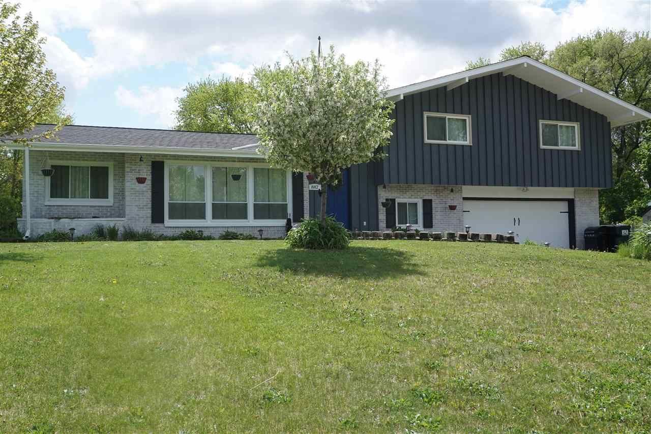 882 Lilac Rd., Beloit, WI 53511 - #: 1908460