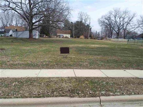 Photo of 104 S Prairie Ave, Deerfield, WI 53531 (MLS # 1899465)