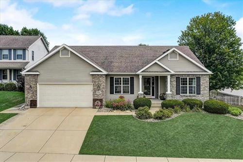 Photo of 1107 Turnberry Ct, Waunakee, WI 53597 (MLS # 1915466)