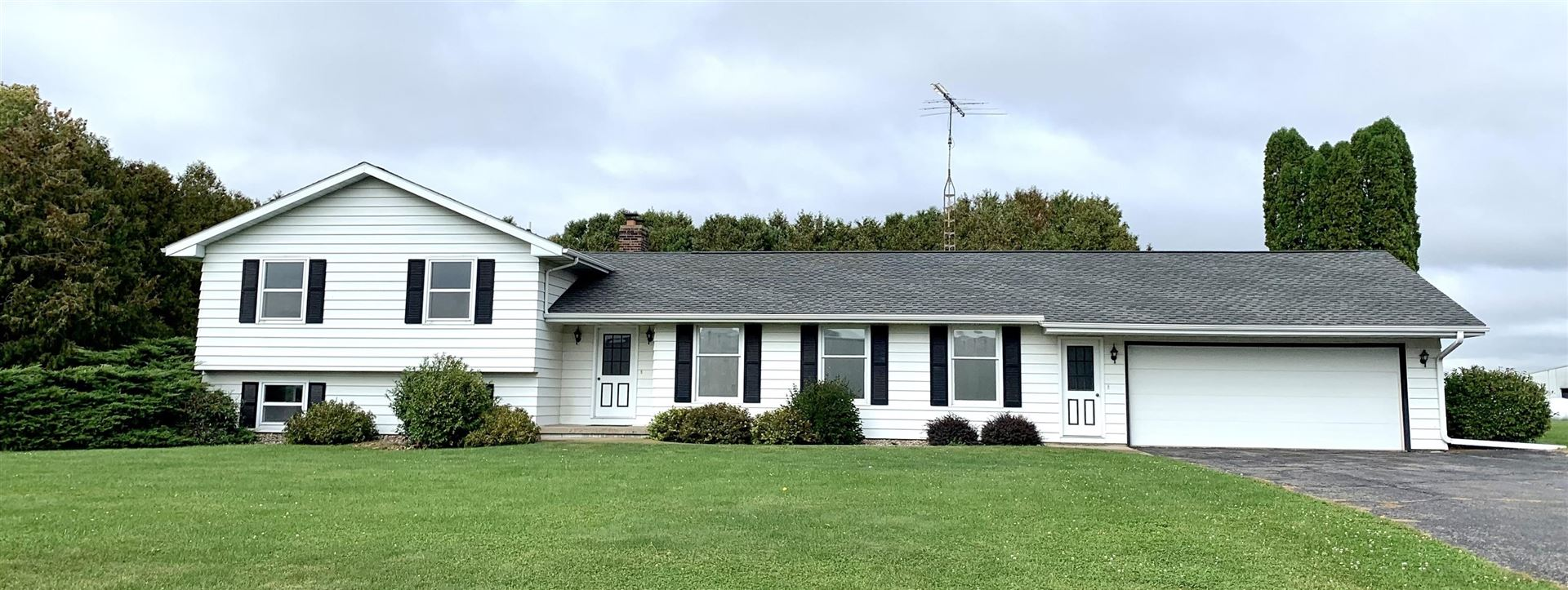 5468 County Road A, Lancaster, WI 53813 - #: 1921469