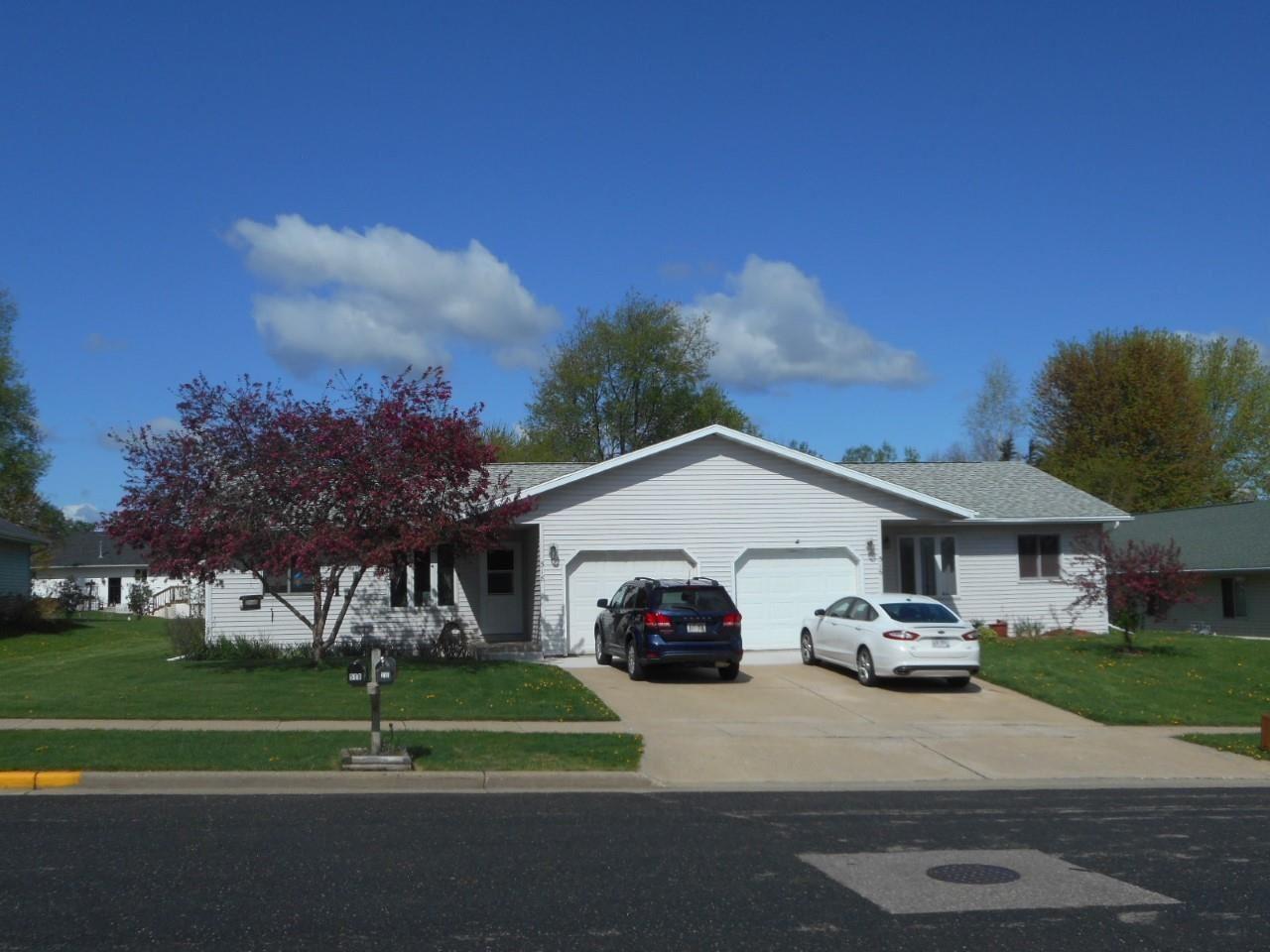 516-518 Alexander Ave, Reedsburg, WI 53959 - #: 1908475