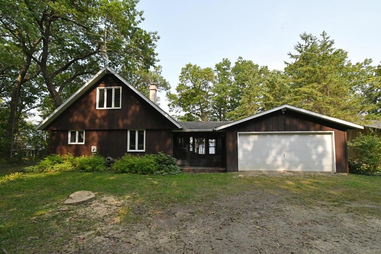 W6242 Lakeview N Dr, Marquette, WI 53947 - #: 371476