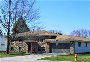 Photo of 4277 OLDWYCK DR, Janesville, WI 53546 (MLS # 1850479)
