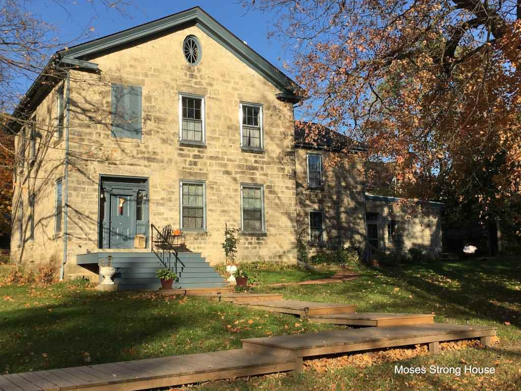 525 Fountain St, Mineral Point, WI 53565 - #: 1910479