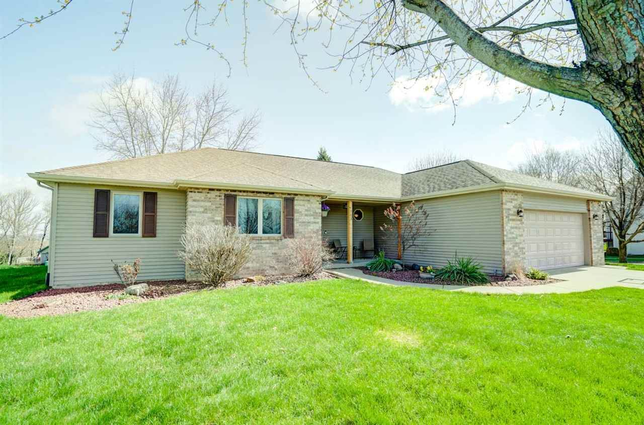 703 Ridge View Ln, Oregon, WI 53575 - #: 1906481