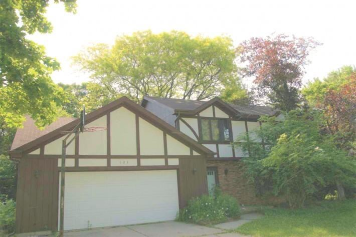 121 S Yellowstone Dr, Madison, WI 53705 - #: 1916481