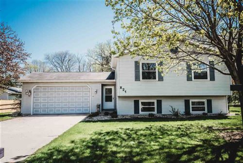 Photo of 821 Dorothy Dr, Portage, WI 53901 (MLS # 1879482)