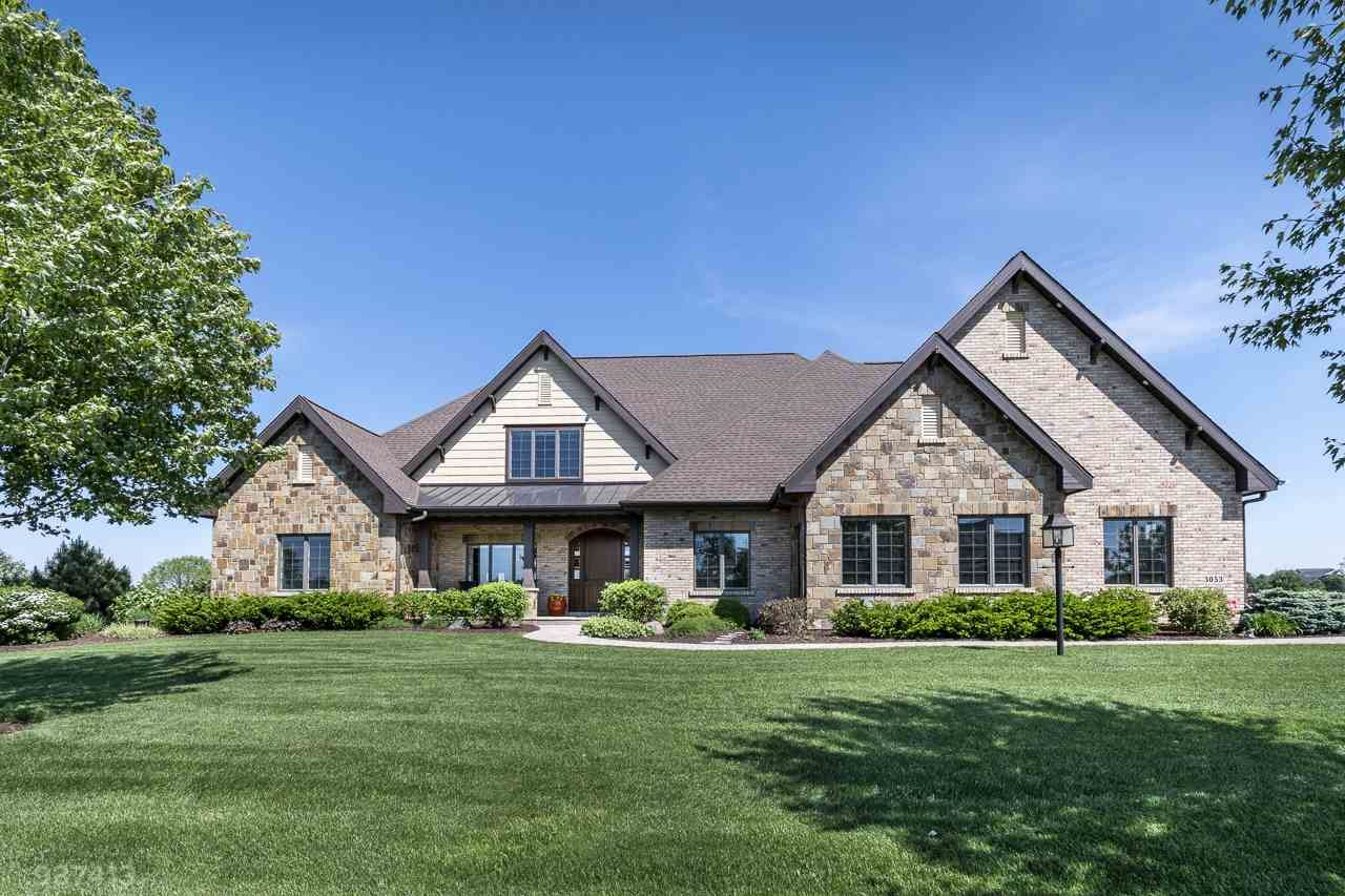 3053 Linnerud Dr, Stoughton, WI 53589 - #: 1884488