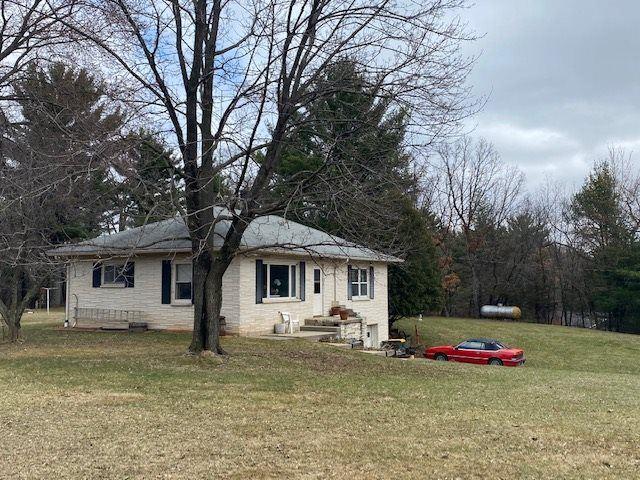 E10368 XANADU RD, Wisconsin Dells, WI 53965 - #: 1905491