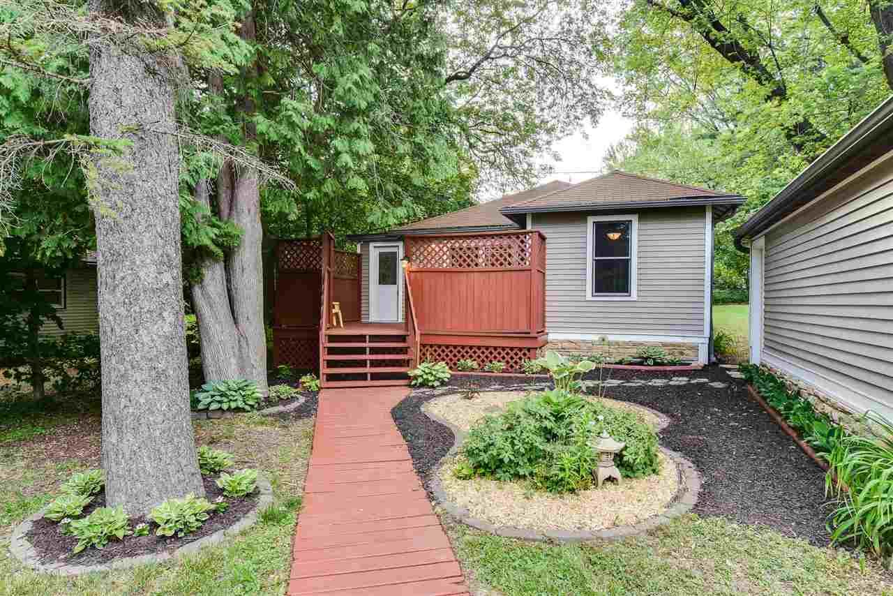505 Hilldale Ct, Madison, WI 53705 - #: 1911491