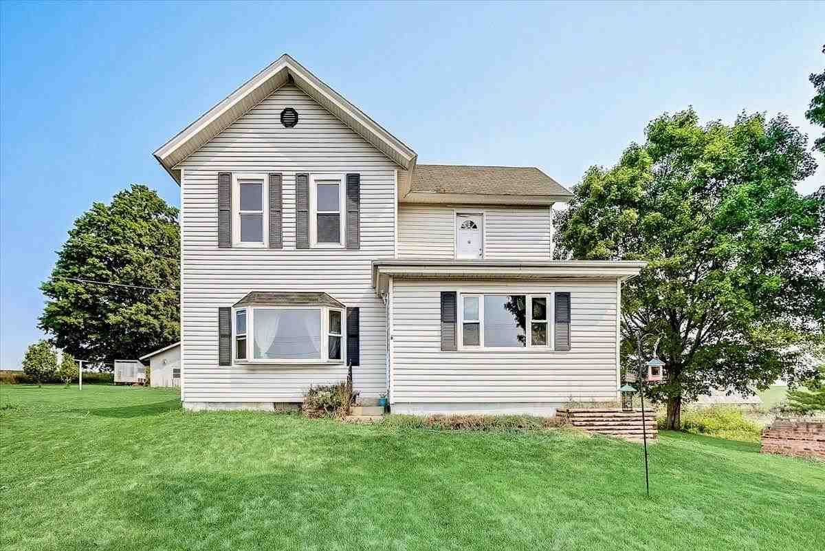 W8346 County Road B, Browntown, WI 53522 - #: 1917491