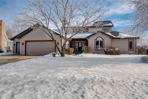 Photo of 5838 Persimmon Dr, Fitchburg, WI 53711 (MLS # 1900492)