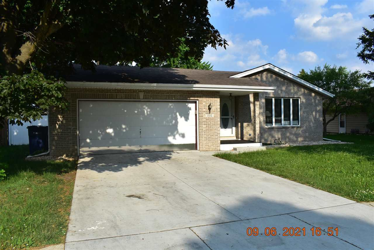 1510 N Wright rd, Janesville, WI 53546 - #: 1911494