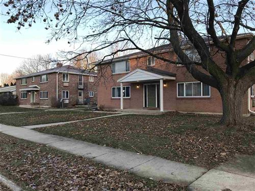 Photo of 636-644 Maple Ave, Columbus, WI 53925 (MLS # 1873497)