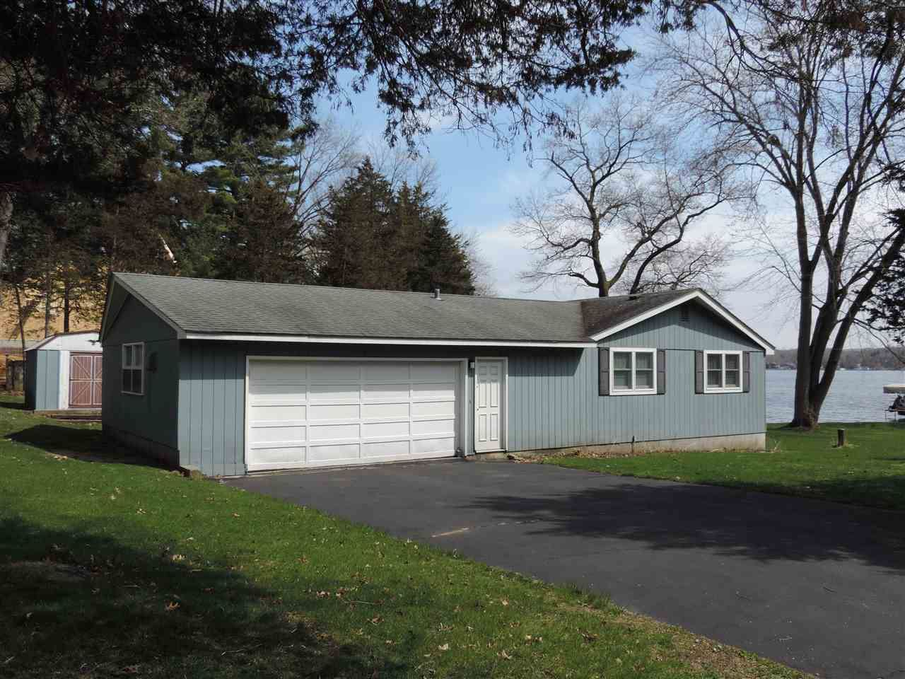 S7708 Grandview Ave, Merrimac, WI 53561 - MLS#: 1875499