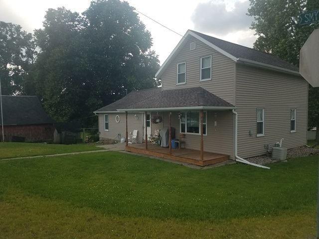 111 Smythe St, Rock Springs, WI 53961 - #: 1862501