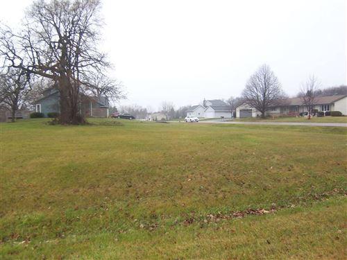 Photo of 351 Oak Ridge Dr., Darien, WI 53114 (MLS # 1898503)
