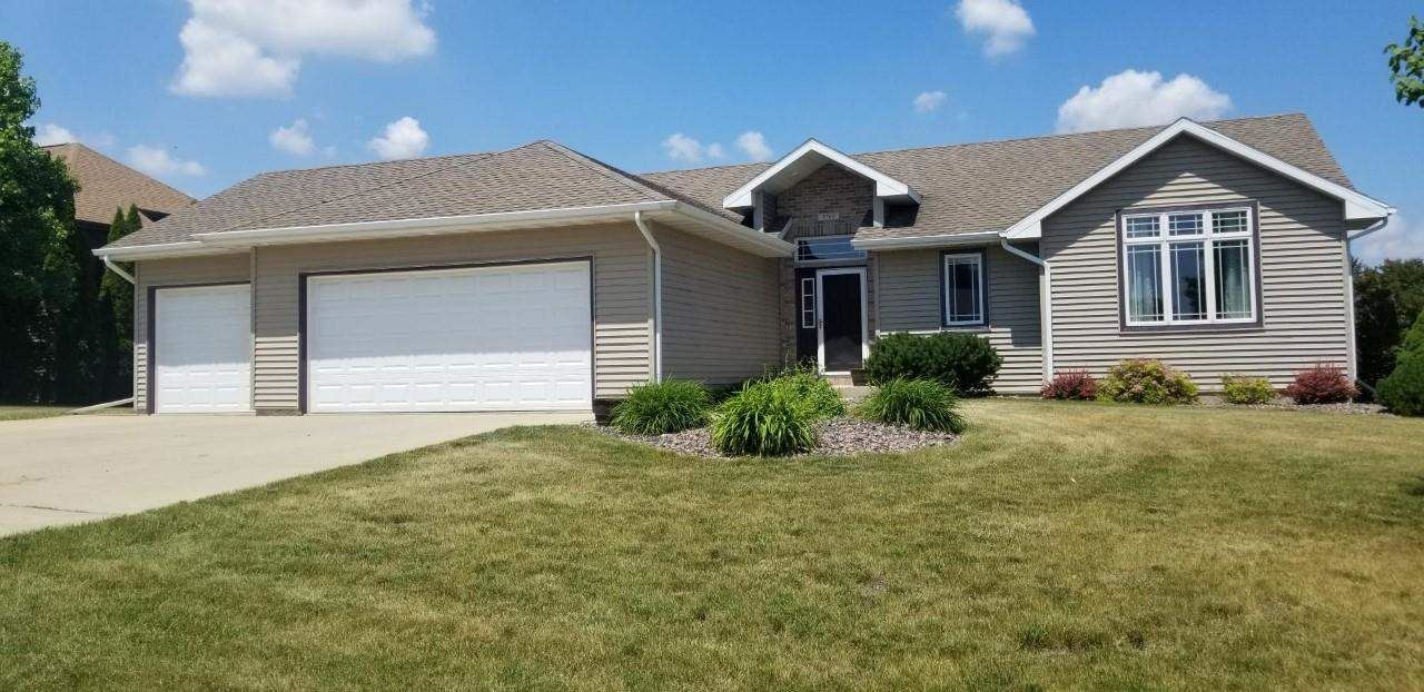 3766 Red Stone Dr, Janesville, WI 53548 - #: 1911503